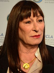 Anjelica_Huston_March_21,_2014_(cropped).jpg