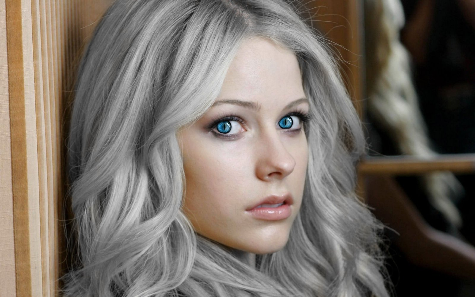 avril_lavigne_hd_image-Recovered.jpg